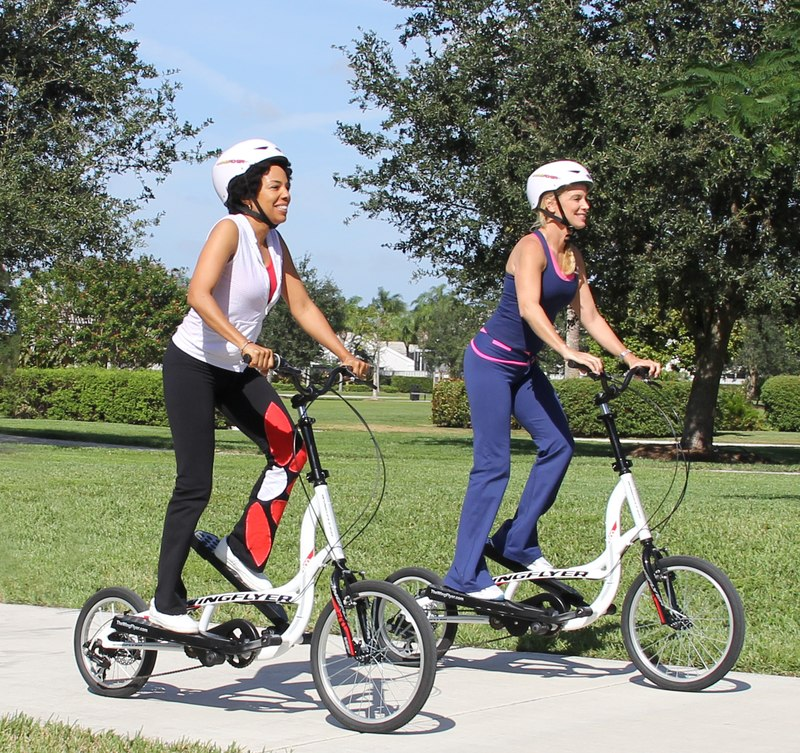 Lifestyle - Zike Z600 - Ladies Fitness - In The Park